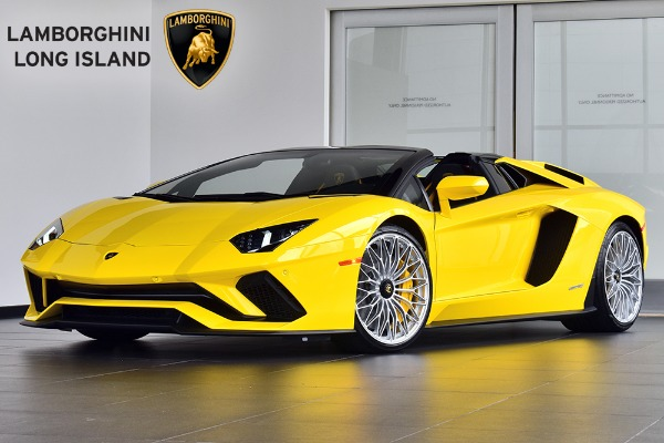 2019 Lamborghini Aventador S Roadster Bentley Long Island
